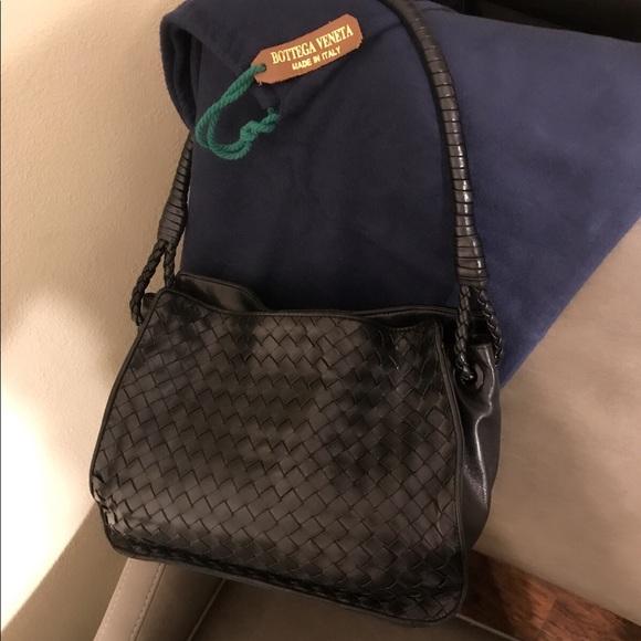 3f3eec10530 Bottega Veneta Handbags - Auth Vintage Bottega Veneta Black Leather purse